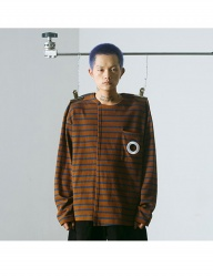[MUTEMENT] BROWN STRIPE HOLE POCKET T-SHIRTS