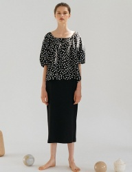 [nuissue] SQUARE NECK DOT BLOUSE[BLACK]
