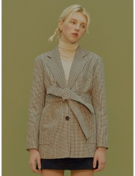 [margarin fingers] belted check jacket