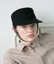[AWESOME NEEDS] LAMBS WOOL HORSE RIDING CAP