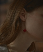 [Vi/Ve] Red Coral Berry Earring