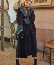 [VVV] VVV FAUX SHEARLING COAT