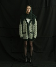 [ulkin] UL:KIN COLLECTION LABEL_CABLE KNIT POCKET CARDIGAN