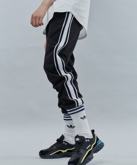 [motivestreet] DOUBLE LINE SWEAT JOGGER PANTS