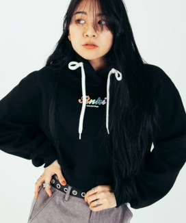 [RUNNING HIGH] COLORFUL LETTERING CROP HOODIE (기모X)