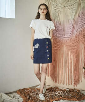 [INES] TOY BUTTON SKIRT