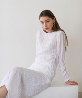 [NONLOCAL] Wave Shirring Blouse