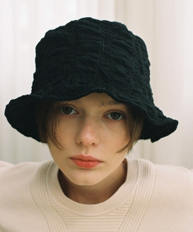 [AWESOME NEEDS] WAVY LAMPSHADE HAT (2color)