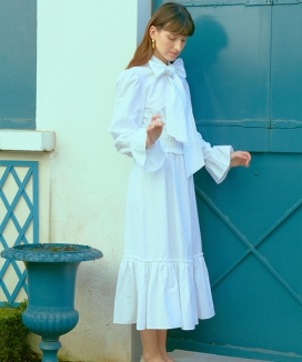 [OSEE] WHITE RIBBON LINEN DRESS