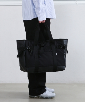 [PIECEMAKER] THE SHADOW TECH TOTE BAG