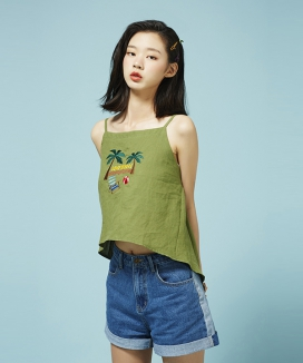 [Between A and B] EMBROIDERY LINEN TOP
