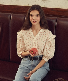 [VITALSIGN] Floral Printed Linen Blouse