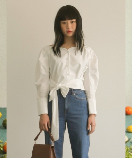 [oneninenineone] SHIRRING RIBBON BLOUSE