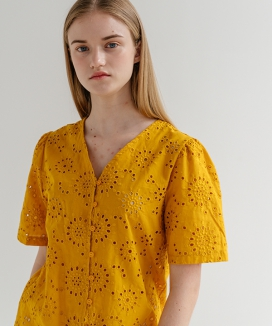 [ADDSENSE] LACE PUNCHING BLOUSE