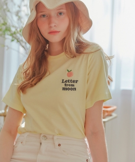 [LETTER FROM MOON] PEACH EMBROIDERY T-SHIRTS