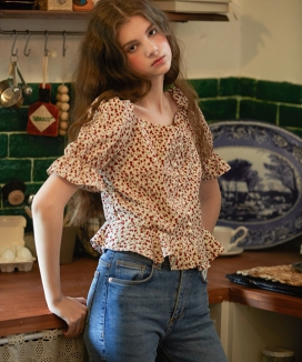 [LETTER FROM MOON] TULIP HALF SLEEVE BLOUSE
