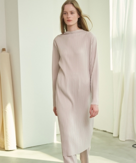 [1159STUDIO] MH11 PLEATS TURTLENECK DRESS