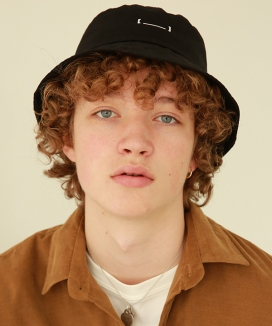 [NEW:KIT] DICTIONARY CAMPAIGN BUCKET HAT