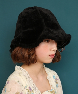 [CLUTSTUDIO] fake fur bucket hat