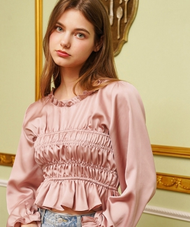 [LETTER FROM MOON] BLING ROUND NECK SHIRRING BLOUSE / ブリングラウンドネック シャーリングブラウス