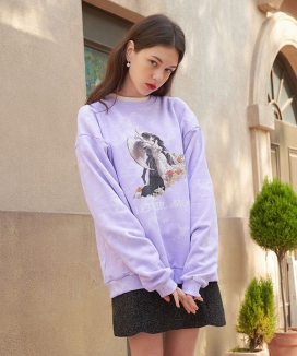 [LETTER FROM MOON] キスinフラワー タイダイナッピングスウェットシャツ / Kiss in Flower Tiedye Napping Sweatshirts