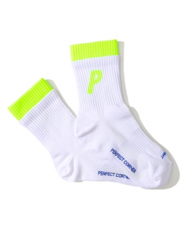 [PERFECTCORNER] 蛍光ダブルレイヤーPロゴソックス(NO FILE) / PERFECTCORNER FLUORESENCE DOUBLE LAYER PLOGO SOCKS(NO FILE)