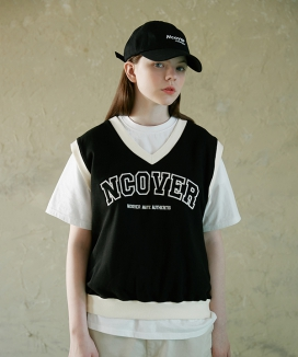 [NCOVER] カレッジアーチロゴベスト / COLLEGE ARCH LOGO VEST