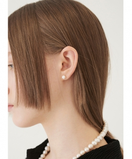 [TMO BY 13MONTH] ミディアムサイズ パールイヤリング / MEDIUM SIZE PEARL EARRING