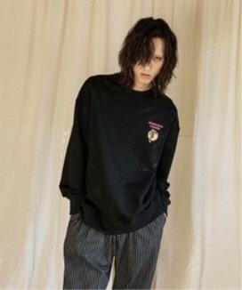 [JORENZ CARTIESS] オーバーサイズフィット グラフィックスウェットシャツ(ブラック) / Black Oversized Fit Graphic Sweatshirt