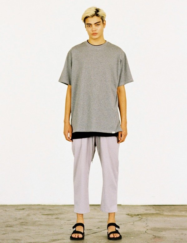 [IVORYPAPER] BASIC OVER-FIT 1/2 MULTY BOX T-SHIRT
