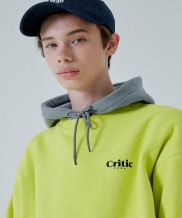 [CRITIC] LOGO SWEATSHIRT