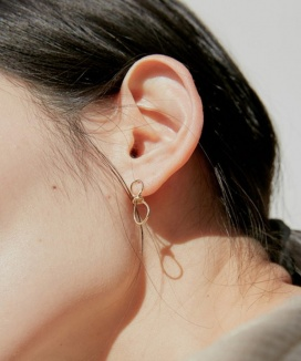 [38comeoncommon] 19S NOUER EARRING