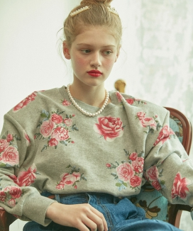 [VITALSIGN] Floral Printed Sweatshirt with Shoulder pad