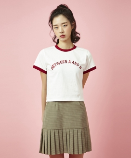 [Between A and B] BETWEEN EMBROIDERY TEE