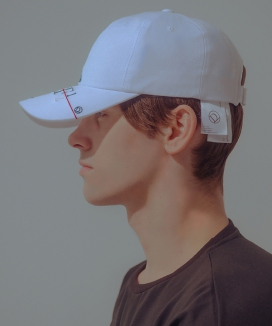 [De caffeine homme] DECF Less is more Embroidery Cap