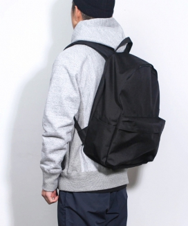 [BUTDEEP] NYLON BASIC BACKPACK