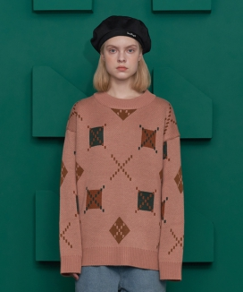 [UNALLOYED] ARGYLE ROUND KNIT