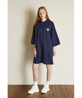 [Between A and B] WAPPEN HOODY DRESS
