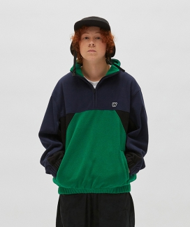 [WKNDRS] CUTTED FLEECE JUMPER