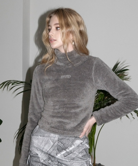 [B ABLE TWO] Boa Fur Turtleneck Top / ボアファー トータルネックトップス