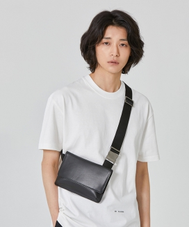 [MIM the wardrobe] ミニマルレザー ホルスターバッグ / Minimal Leather Holster bag