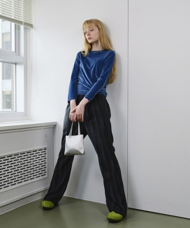 [ENZO BLUES] タイニーシルキートートバッグ / Tiny Silky Tote Bag
